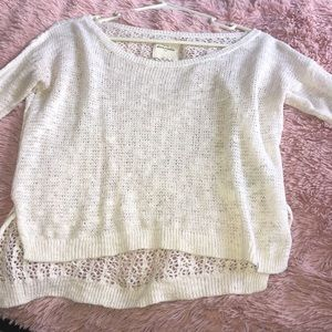 Abercrombie & Fitch Sweaters - Abercrombie high low white sweater