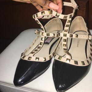 Wild Diva Shoes - Wild diva flats