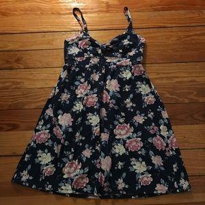 Hollister Dresses & Skirts - NWOT Floral mini sundress