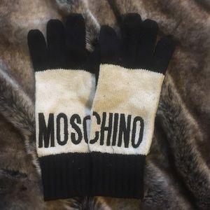 Moschino Accessories - 💐[moschino] gloves