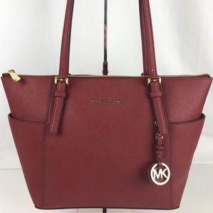 Michael Kors Handbags - Michael Kors Jet Set Saffiano Leather Tote