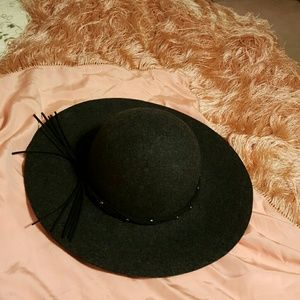 Floppy Hat NWT