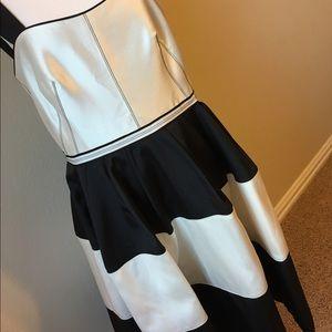 Roksanda Ilincic Dresses & Skirts - 🎊SALE🎊 Roksanda Ilincic Black & White Dress