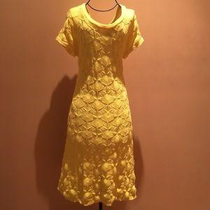 AB Studio Dresses & Skirts - AB Studio knit midi short sleeve dress.