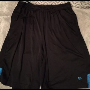 8 Other - Men's basketball shorts large