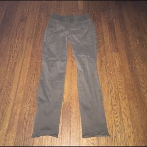 GAP Pants - Gap maternity skinny dark green chino khaki pant 6