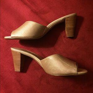 Like New Moda heels