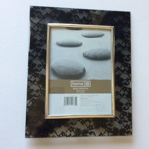 Target Other - Lace Photo Frame