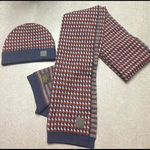 Mens Louis Vuitton 100% cashmere scarf and hat