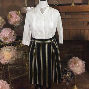 bobeau Pants - Gaucho striped shorts and white top