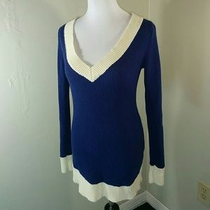 PattyBoutik Sweaters - Patty Boutik deep v-neck tunic sweater