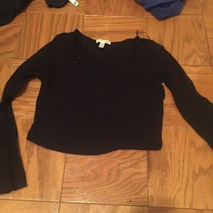 Tops - Black long sleeve crop top