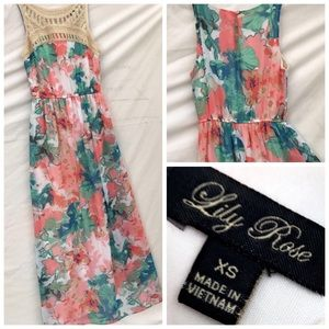 Lily Rose Dresses & Skirts - Floral Maxi dress
