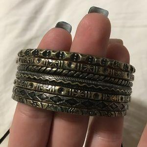 BKE Jewelry - BKE Bangle Set