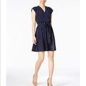 Dresses & Skirts - Button top polka dot dress