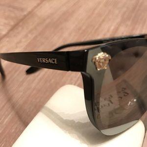 Versace Accessories - Authentic Versace sunglasses in case