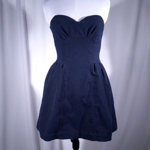 Geren Ford Dresses & Skirts - Geren Ford navy blue dress with pockets
