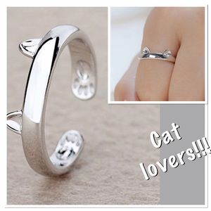 Jewelry - Silver Cat Ring