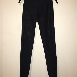 Zella live in leggings with paneled details