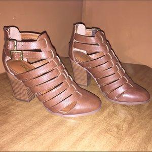 Alba Shoes - Alba Peep open back, casual heel bootie.