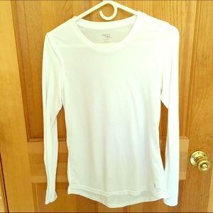 Danskin Now Tops - ⭐Danskin Now dri-fitted white top
