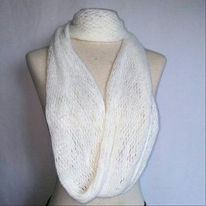 2for1 WHITE Fishnet Scarf
