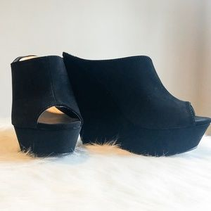 bamboo Shoes - Black Faux Suede Peep-Toe Platform Wedge Heels 8