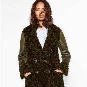Zara Jackets & Blazers - 🌿Zara New crossover long coat in Beautiful green