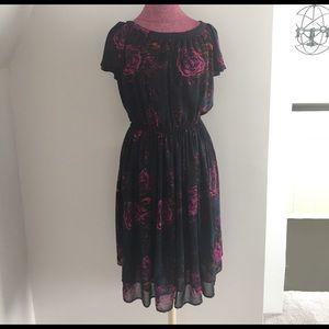 H&M Dresses & Skirts - H&M Floral Dress