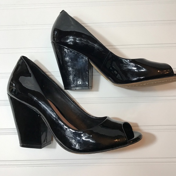 71 Off Vince Camuto Shoes Vince Camuto Patent Leather
