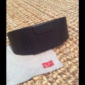 Barton Perreira Accessories - Barton Perreira sunglasses leather case and cloth