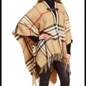 Fraas Jackets & Blazers - NWT Inspired Plaid Fraas Wrap