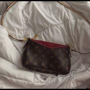 Handbags - Designer Inspired Crossbody