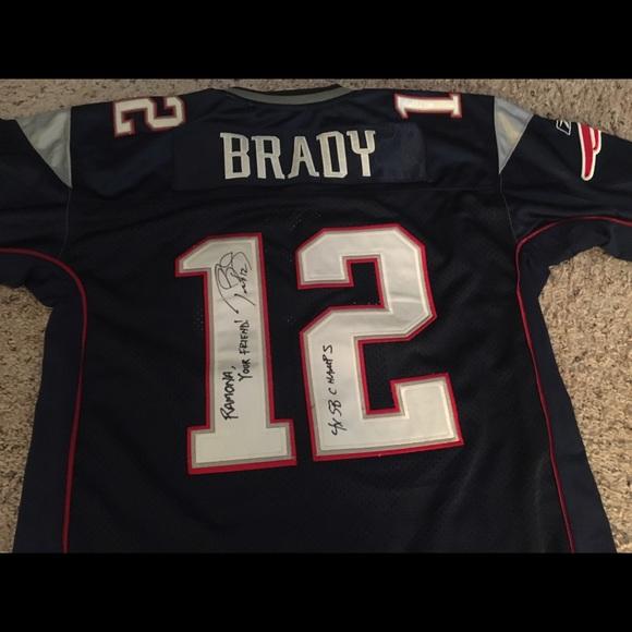 69e8db638 Autographed Tom Brady Jersey. M 58c830f55c12f8285700faaa