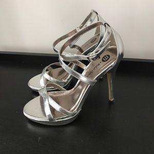 Michael Antonio Size 7 Silver High Heels