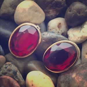 Vintage Jewelry - Spectacular ruby red vintage earrings retro
