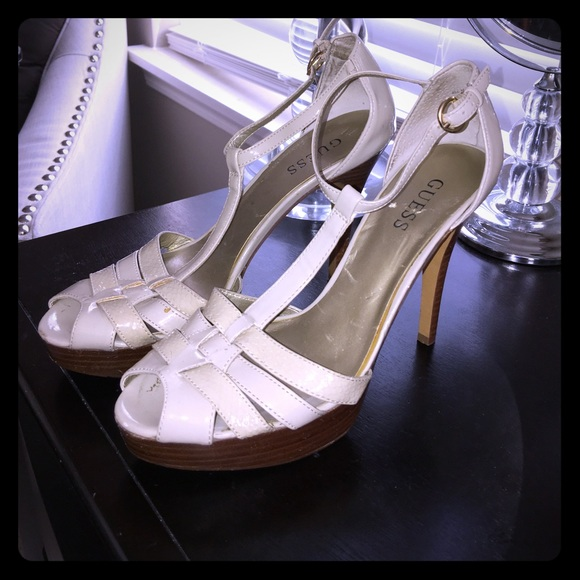 how to clean beige patent leather shoes