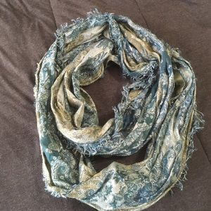 Accessories - Shimmery infinity scarf