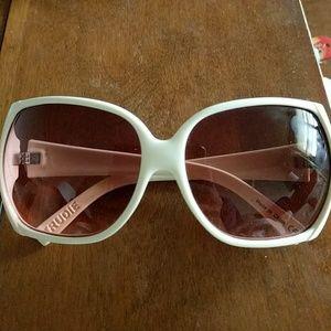 Von Zipper Accessories - Von Zipper Trudie Sunglasses
