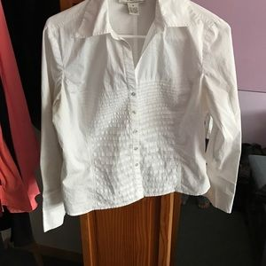 Nexx Tops - A button down blouse