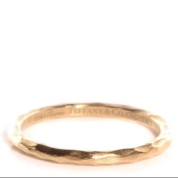 0dafdc117 Tiffany & Co. Paloma Picasso Gold Hammered Ring. M_58c852be6a5830f999019c7c