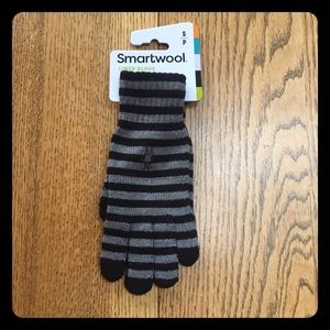 Smartwool Accessories - Smartwool striped liner gloves NWT
