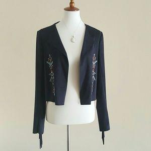 Chelsea & Violet Jackets & Blazers - Chelsea & Violet Lightweight Jacket w/Aztec Design