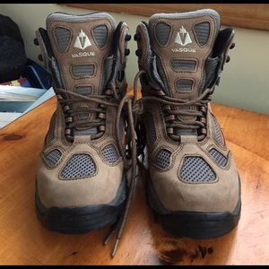 Vasque Other - Men's size 9.5 VASQUE boots