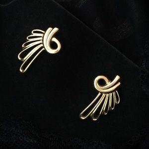 """Jewelry - Vintage Gold  """"Angel Wing"""" Pierced Earrings"""