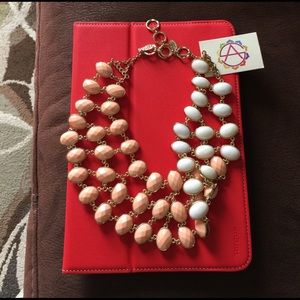 Amrita Singh Jewelry - 🌸Spring Sale🎉Reversible bib statement necklace