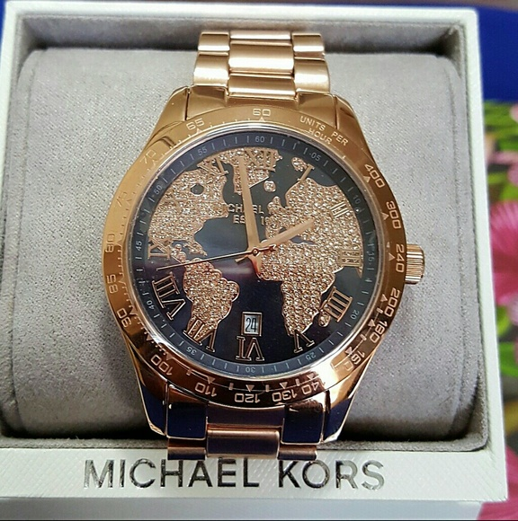 2c4704ca3a2af NWT Michael kors crystal map rose gold watch