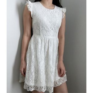 Moon Collection Dresses & Skirts - NEW petite small Ivory lace dress