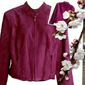 Valerie Stevens Jackets & Blazers - ¡Just In! Crop Jewel Tone Front Zip Jacket
