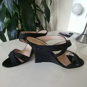 Shoes - Manolo Blahnik black wedge heels 😃